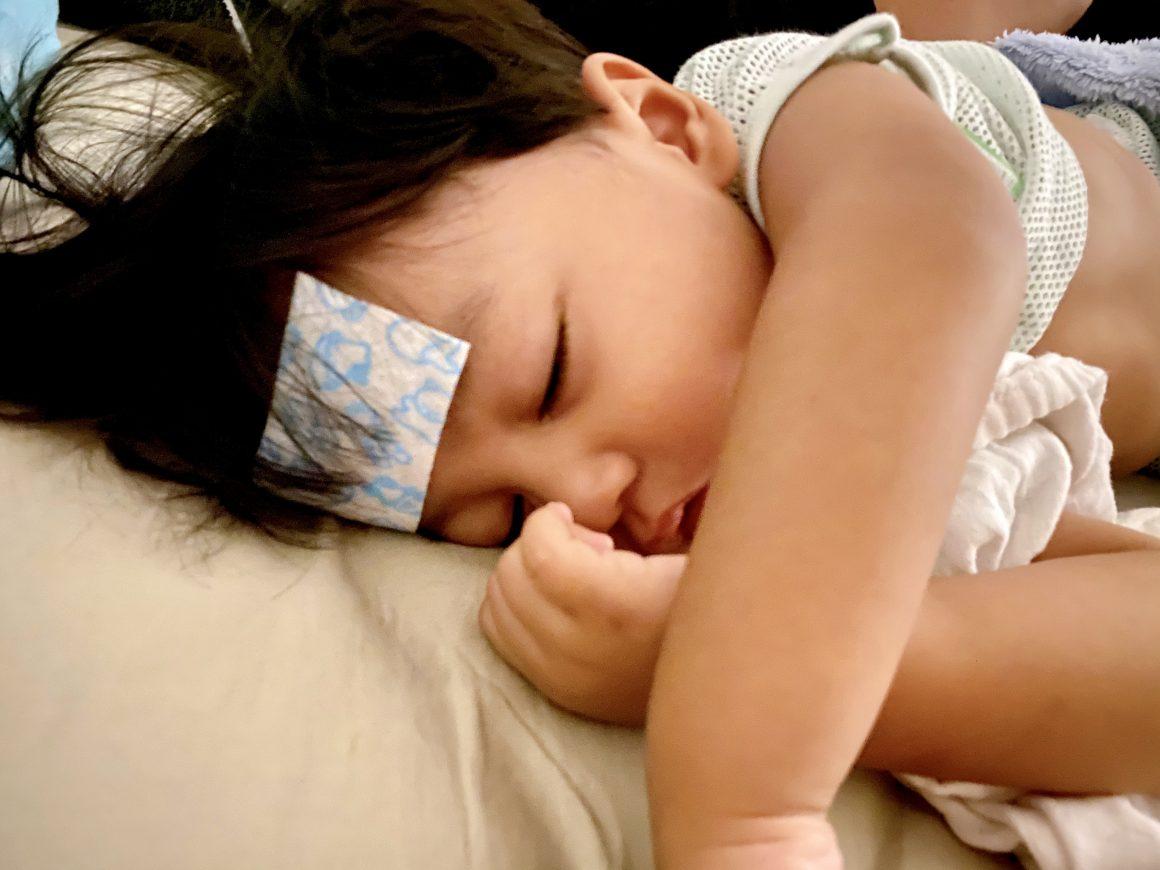 anak bayi demam
